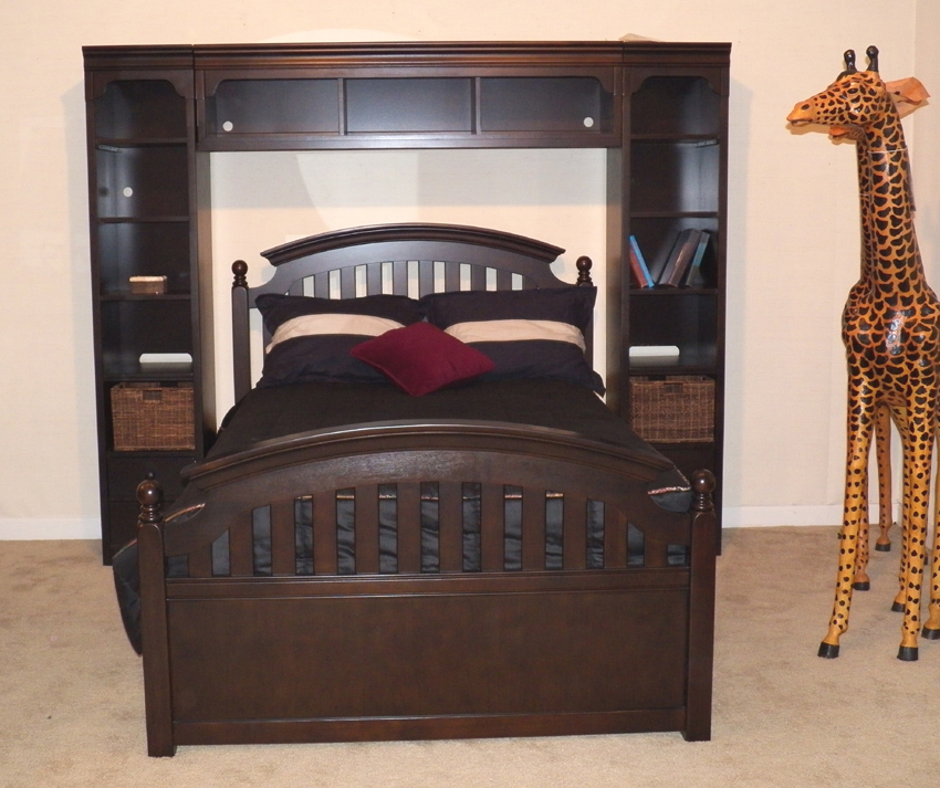 stanley full size bedroom group 9901897 grindstaff 39 s. Black Bedroom Furniture Sets. Home Design Ideas